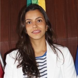 Dra-Camila